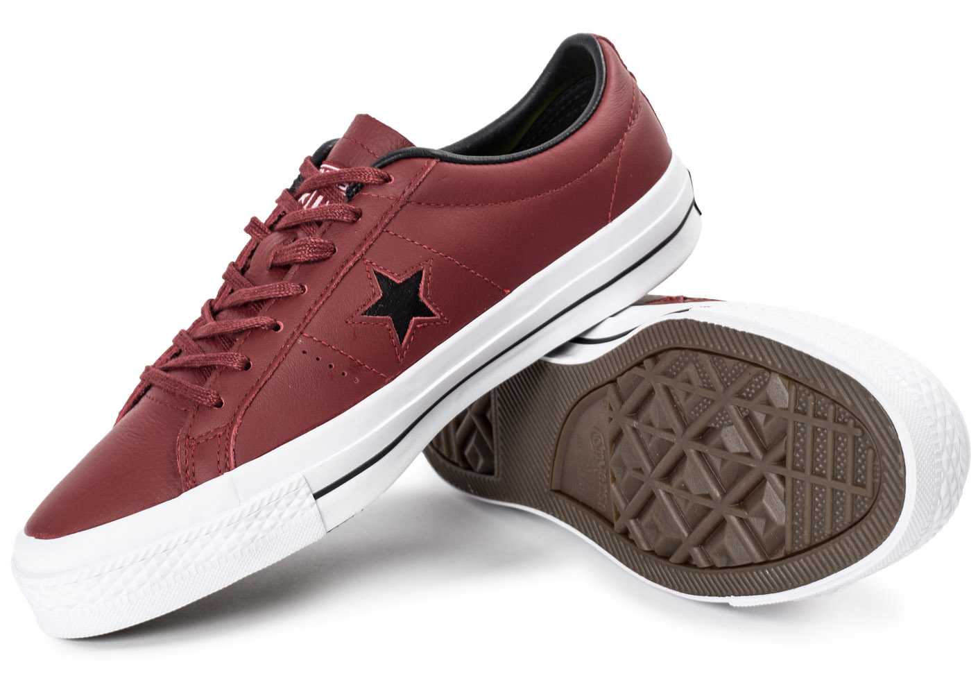 converse one star leather bordeaux baskets tennis homme. Black Bedroom Furniture Sets. Home Design Ideas