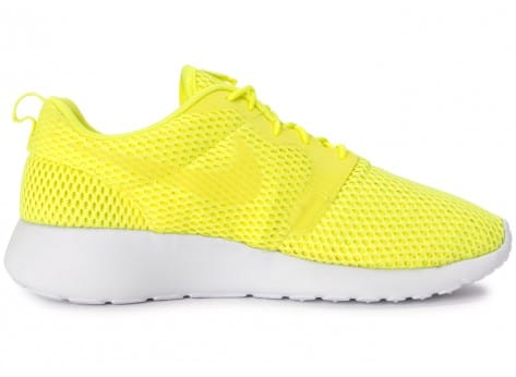 Chaussures Nike Roshe One Hyperfuse BR Jaune vue dessous