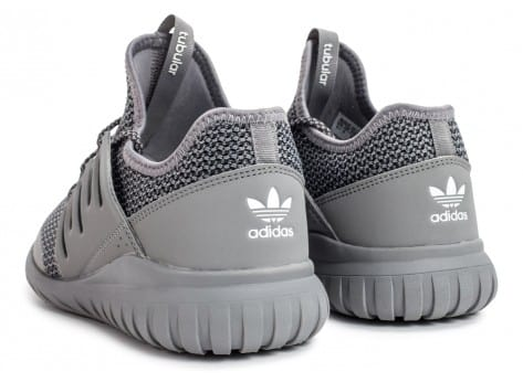 Chaussures adidas Tubular Radial Junior grise vue dessous