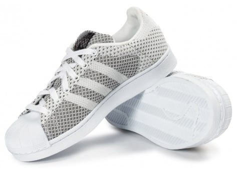 Chaussures adidas Superstar Weave blanche vue dessous