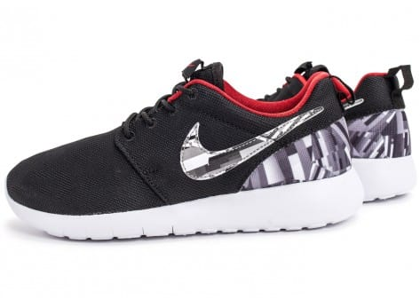 Chaussures Nike Roshe One Print grise vue extérieure