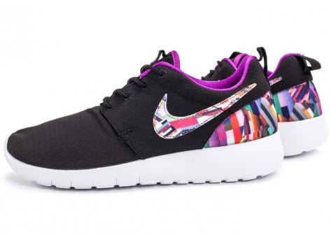 Chaussures Nike Roshe One Print noire vue extérieure