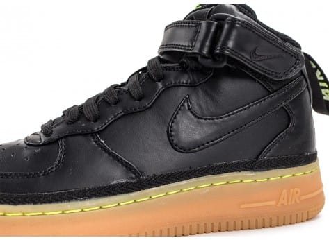 Chaussures Nike Air Force 1 Mid LV8 noire vue dessus