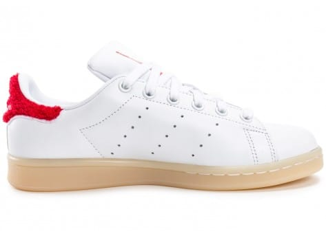 Chaussures adidas Stan Smith Wool blanche et rouge vue dessous