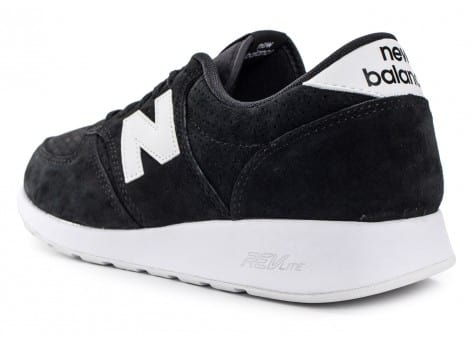 Chaussures New Balance 420 Re-Engineered Suede noire vue arrière