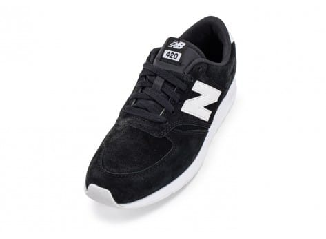 Chaussures New Balance 420 Re-Engineered Suede noire vue avant