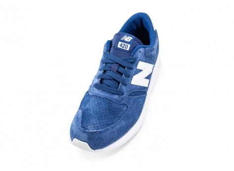 Chaussures New Balance 420 Re-Engineered Suede bleue vue avant