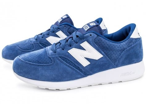 Chaussures New Balance 420 Re-Engineered Suede bleue vue extérieure