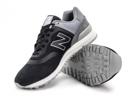 Chaussures New Balance 574 Re-Engineered Suede noire vue avant