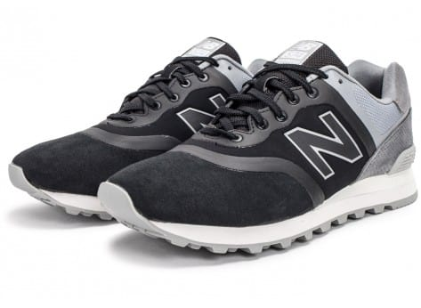 Chaussures New Balance 574 Re-Engineered Suede noire vue intérieure