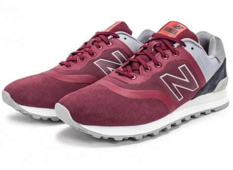 Chaussures New Balance 574 Re-Engineered Suede bordeaux vue intérieure