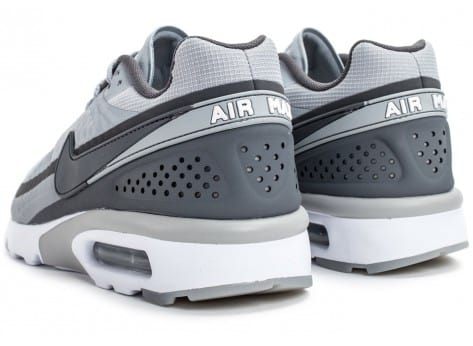 Chaussures Nike Air Max BW Ultra grise vue dessous