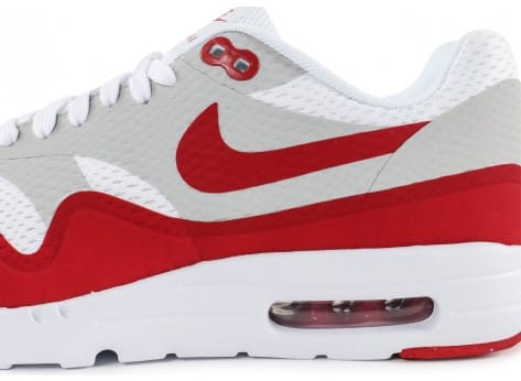 Chaussures Nike Air Max 1 Ultra Essential blanc rouge vue dessus