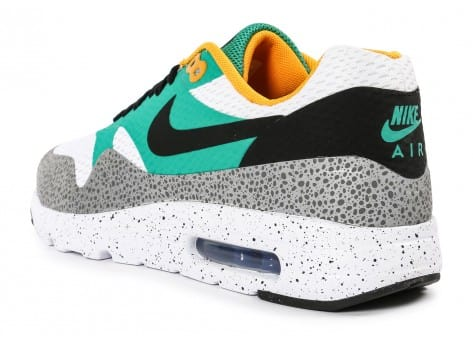 Chaussures Nike Air Max 1 Ultra Essential Emerald green vue dessous
