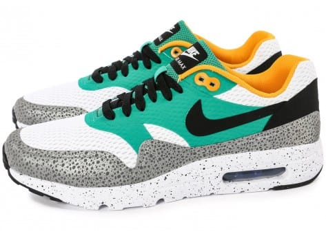Chaussures Nike Air Max 1 Ultra Essential Emerald green vue intérieure
