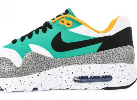 Chaussures Nike Air Max 1 Ultra Essential Emerald green vue dessus