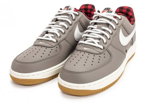 Chaussures Nike Air Force 1 '07 LV08 Lumberjack grise vue intérieure