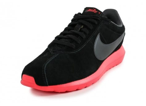 Chaussures Nike Roshe LD-1000 Suede noire vue avant