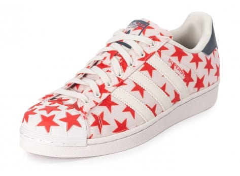 Chaussures adidas Superstar Shell Toe Star Pack blanche et rouge vue avant