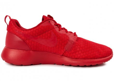 Chaussures Nike Roshe One Hyperfuse rouge vue dessous