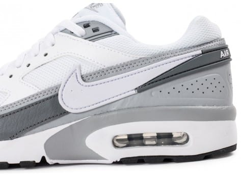 Chaussures Nike Air Max BW Junior blanche et grise vue dessus