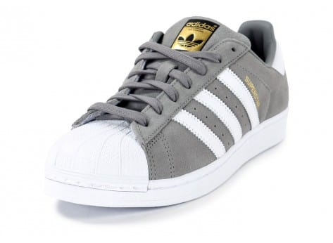 Chaussures adidas Superstar Suede grise vue avant