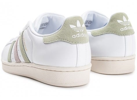 Chaussures adidas Superstar Cuir Core blanche vue dessous