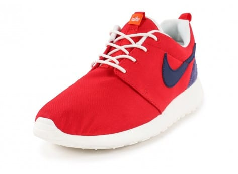 Chaussures Nike Roshe One Retro rouge vue dessus