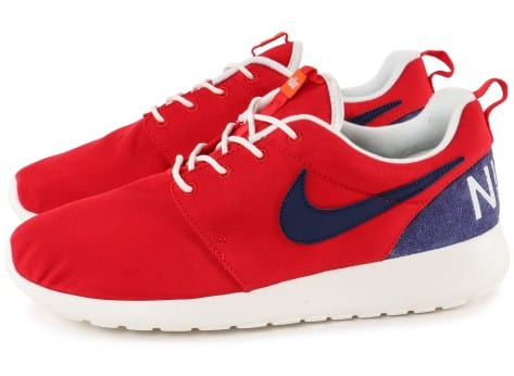 Chaussures Nike Roshe One Retro rouge vue extérieure