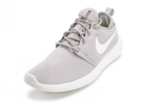 Chaussures Nike Roshe 2 W grise et blanche vue avant