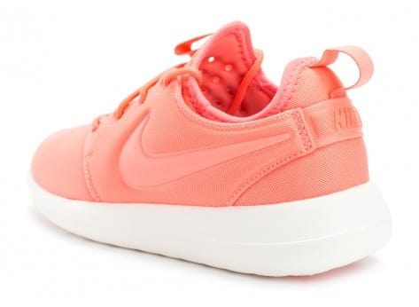 Chaussures Nike Roshe 2 W rose vue arrière