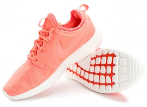 Chaussures Nike Roshe 2 W rose vue intérieure