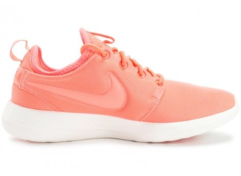 Chaussures Nike Roshe 2 W rose vue dessous