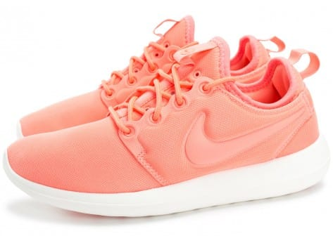 Chaussures Nike Roshe 2 W rose vue extérieure
