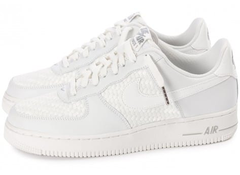 Chaussures Nike Air Force 1 LV8 Low blanche vue extérieure