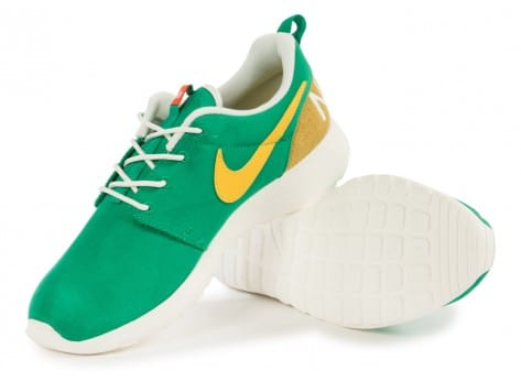 Chaussures Nike Roshe One Retro Lucid Green vue intérieure