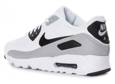 Chaussures Nike Air Max 90 Ultra Essential blanche et grise vue arrière