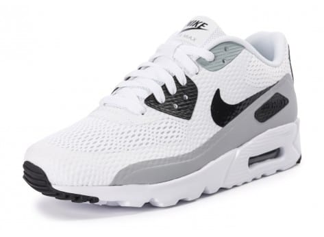 Chaussures Nike Air Max 90 Ultra Essential blanche et grise vue avant