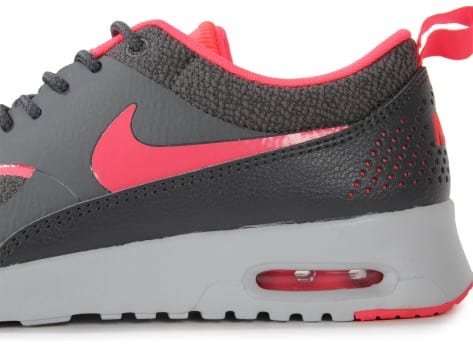 Chaussures Nike AIR MAX THEA GRISE ROSE vue dessus