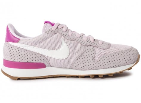 Chaussures Nike Internationalist Bleached Lilac vue dessous