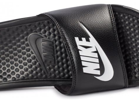 Chaussures Nike Benassi Just Do It noire vue dessus