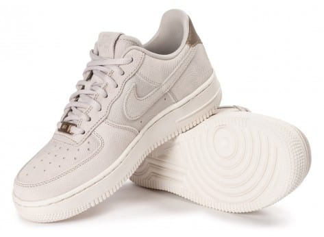 Chaussures Nike Air Force 1 Premium Suede Gamma grey vue intérieure