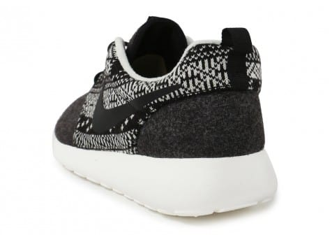 Chaussures Nike Roshe One Winter Sweater vue arrière