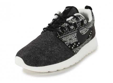 Chaussures Nike Roshe One Winter Sweater vue avant