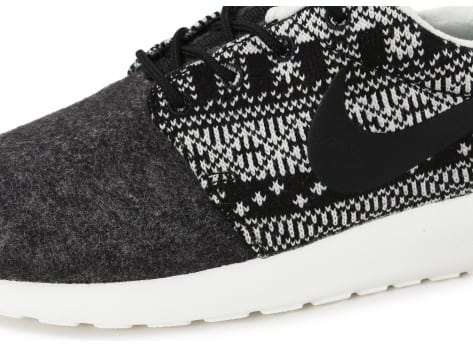 Chaussures Nike Roshe One Winter Sweater vue dessus