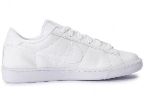 Chaussures Nike Tennis Classic blanche vue dessous