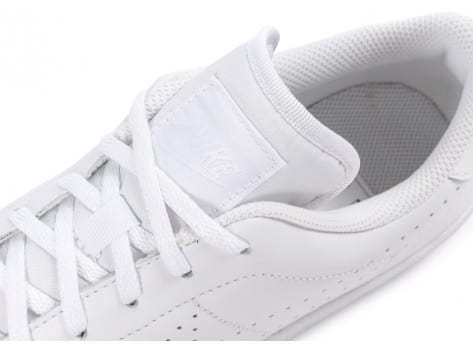 Chaussures Nike Tennis Classic Junior blanche vue dessus