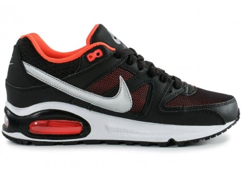 Chaussures Nike Air Max Command Junior noir orange vue dessous