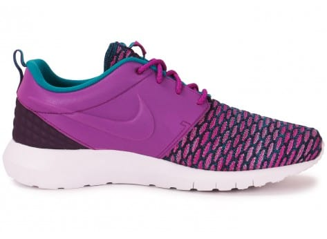 Chaussures Nike Roshe NM Flyknit violet vue dessous