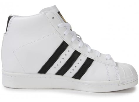 adidas superstar up compensee blanche chaussures adidas chausport. Black Bedroom Furniture Sets. Home Design Ideas